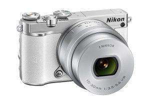 Nikon 1 J5 MILC fényképezőgép
